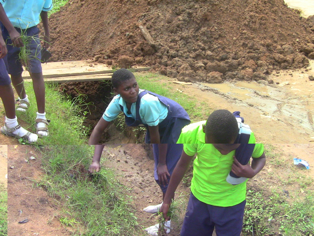 MIND kids from Igwuruta on their service project