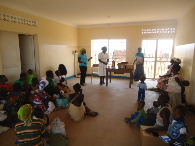 Mothers learn about PMTCT.