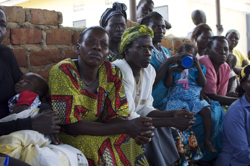 HIV+ mothers in a women