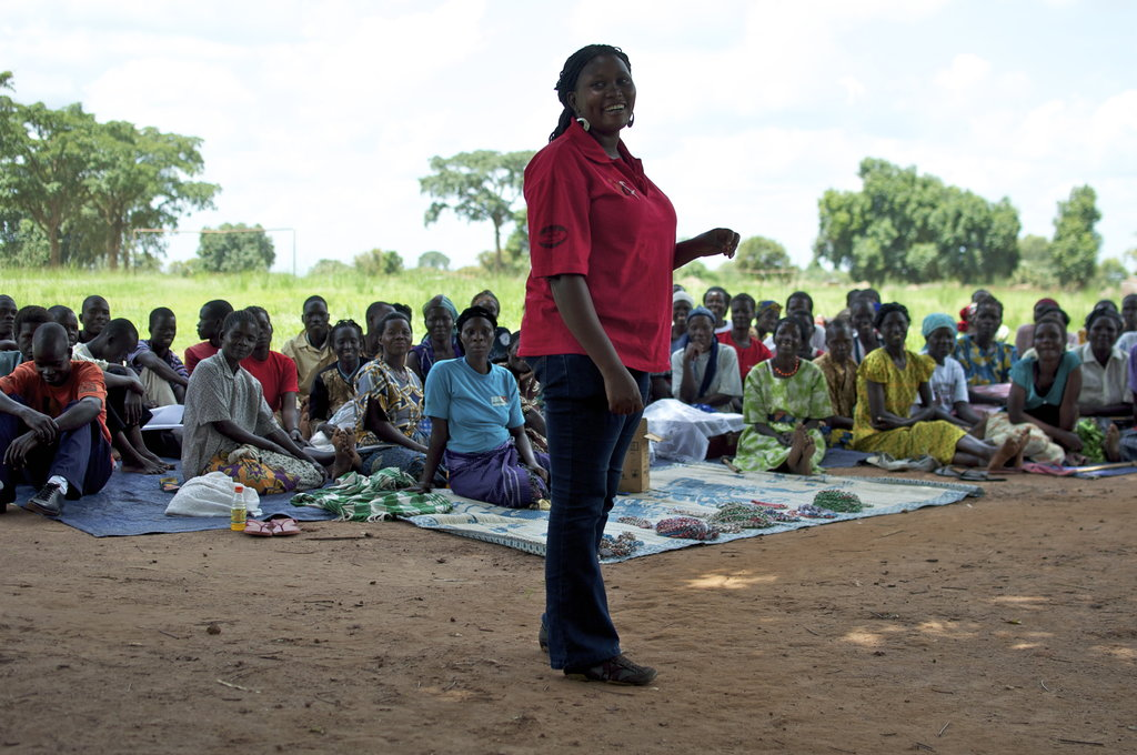 Franny Achoko, the head of our HIV awareness and maternal health project, encourages HIV+ women to share their stories, emphasizing that they should not fear stigmatization. Many women feel empowered to share their stories with the group, knowing that they stand in solidarity with each other.