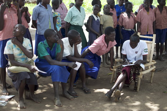Beatrice counsels teenagers about HIV testing