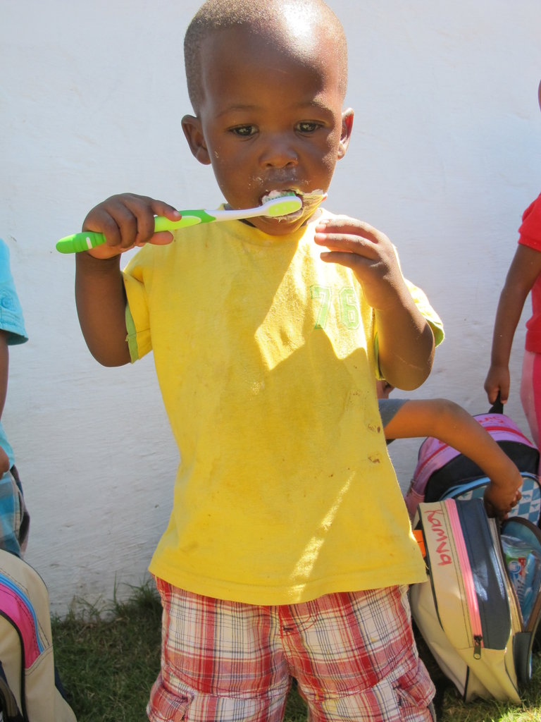 Feed & Teach 34 children age 0-4 in S/Afr village