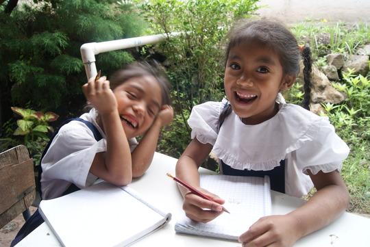 Students enjoying school in Las Sabanas