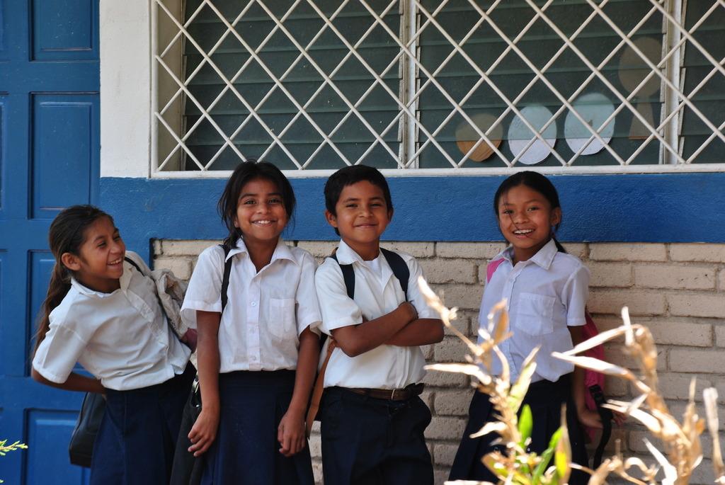 Primary students at Las Sabanas school.