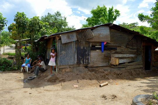 The twins' home in the La Cruz dump in Nicaragua