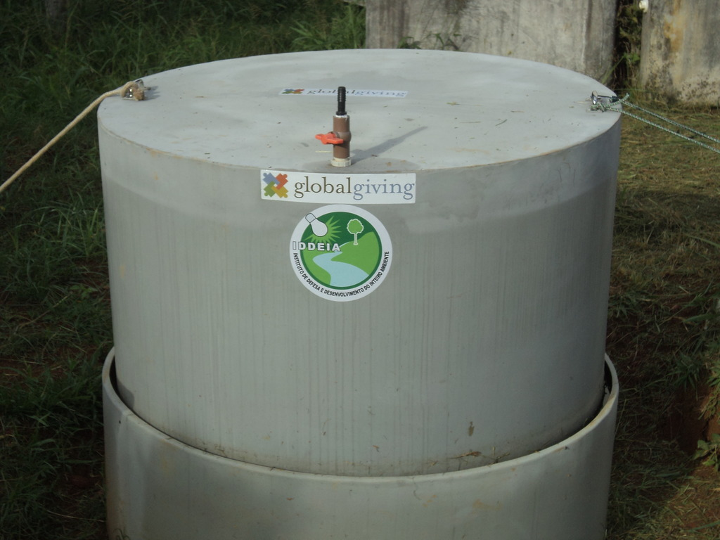 Biodigester full of gas!