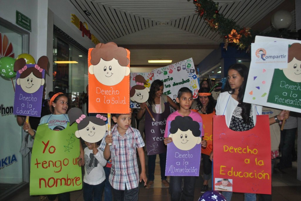 Celebrating the Rights of the Child with Compartir