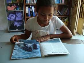 Et Nita at PIO library