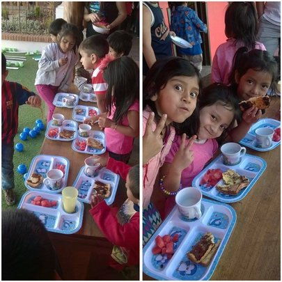 Students enjoying breakfast now at Los Patojos!