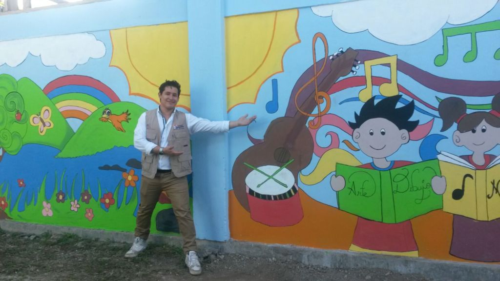 Mural by students at Compartir