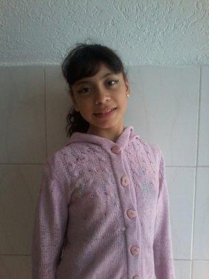 ANA BEATRIZ - 10 years old