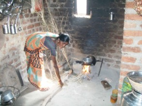 Meet Ranjana as she starts her cooking for the day