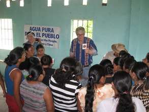 Sharing Water Testing Results in Palenque, Mexico