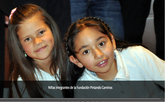Girls from Pintando Caminos