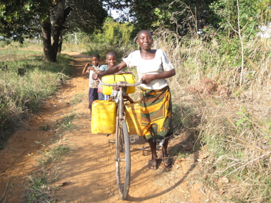 Little girls Misses School in Pursuit for Water.