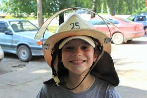 In a fire-protective helmet
