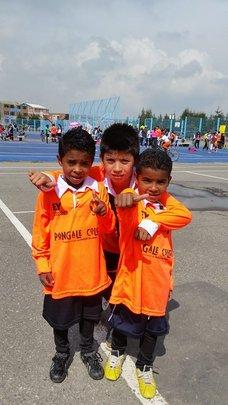 Tiempo de Juego's sports uniform