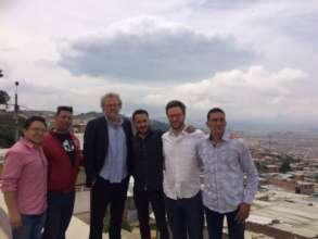 John Carlin visits Tiempo de Juego