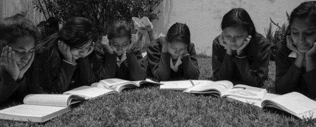 Give school to abandoned girls in Mexico