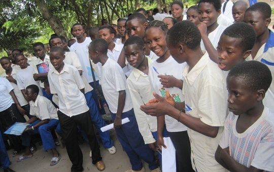 Hygiene class-Teens in the village of Baraka