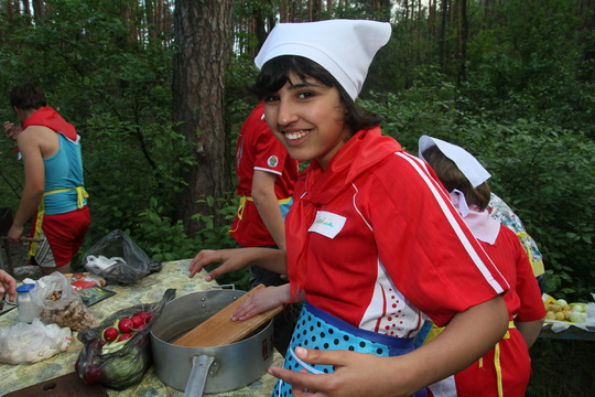 Girls are cooking...