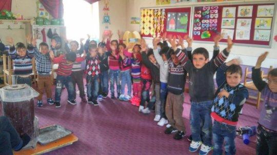 Gunyurdu School Kids happy with new sneakers
