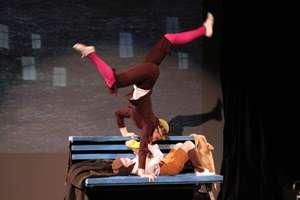 Ela and Anton, performance Nephew