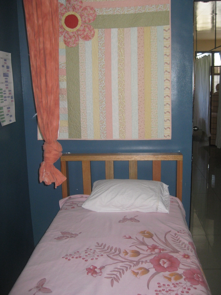 A bright delivery room