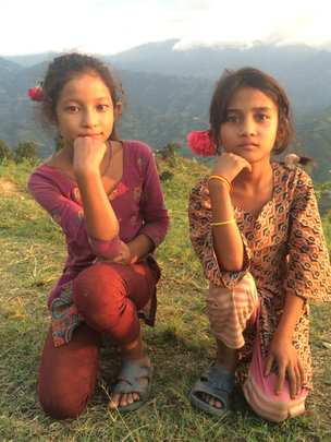2 girls at Her Farm