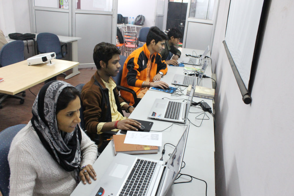 Computer literacy for underserved youth in Delhi