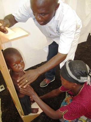 Dr. Conde, Aiding at Nord Kivu Mobile Clinic