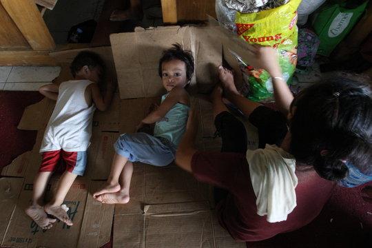 Support Children in the Philippines