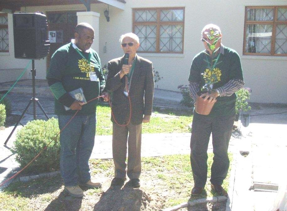 planting a tree at st stephens