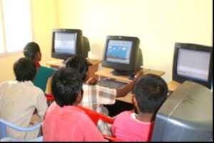 children are learning computer