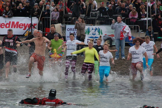 Register for the 2013 Polar Plunge!