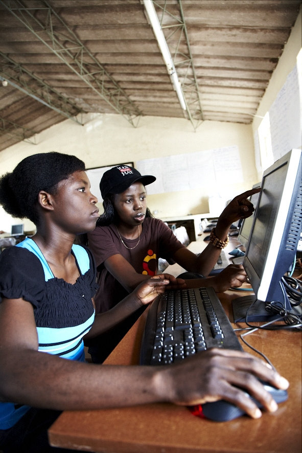 Bring the Internet to 6000 People in Rural Zambia