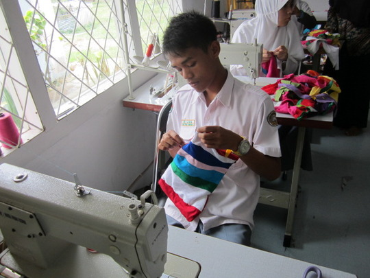 Making patchwork bag in Sewing Classes