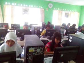 Computer Class students