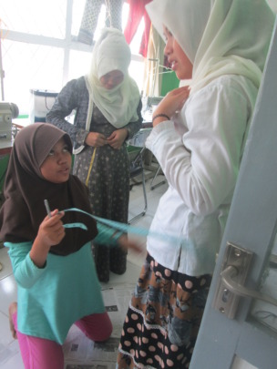 Ulfah, student of Basic 1 Sewing