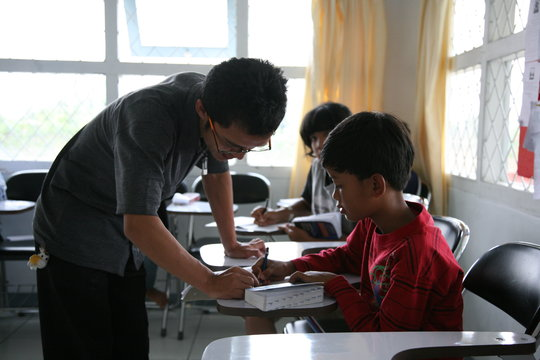 Let's learn English in VTC English Classes