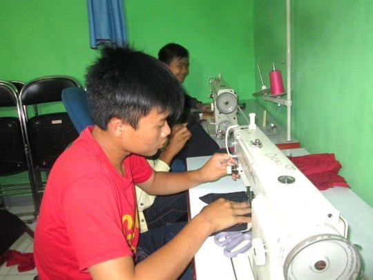 Sewing Workshop Participant