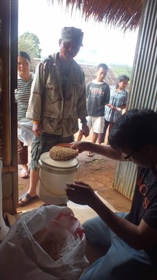 Distributing Yellow Beans at the Shan Refugee Camp