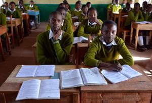 New classroom & great Laburra Secondary students