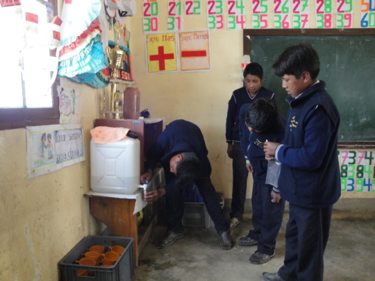 Safe Drinking Water for 40 schools in Bolivia