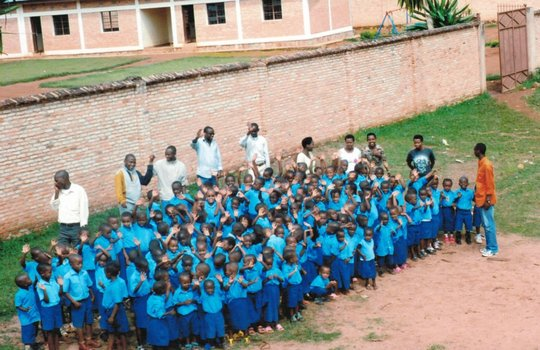 Support a school for 450 students in Burundi!
