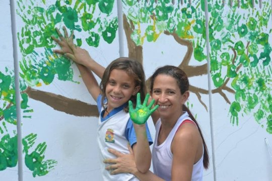 Painting a tree!