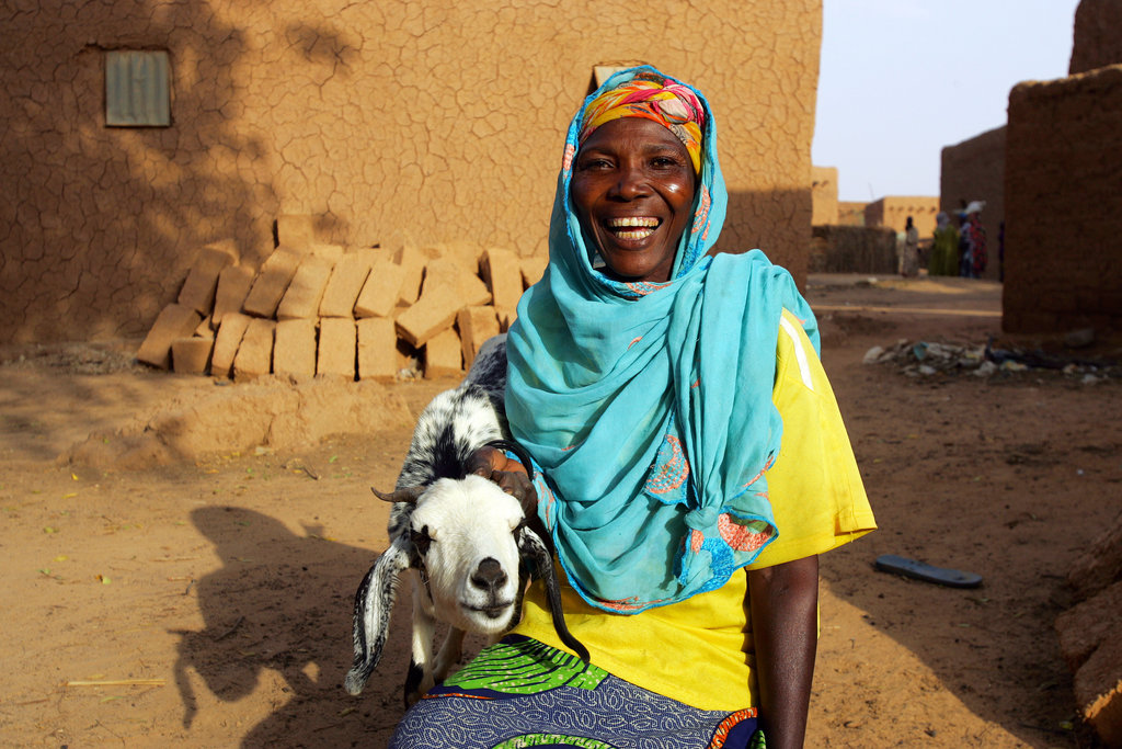 In Niger, Santou Hamidou is breeding the two goats she received from Mercy Corps in December. Selling the babies will allow her to buy food for her six children as the hunger crisis across the Sahel worsens over the summer. This smile makes it clear: a little help can go a long way.