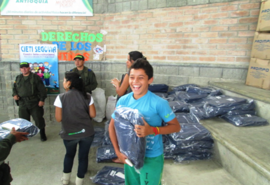 Smiley, happy kids with their new school kits!