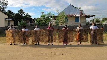 Ambodivoagny women make their first textile