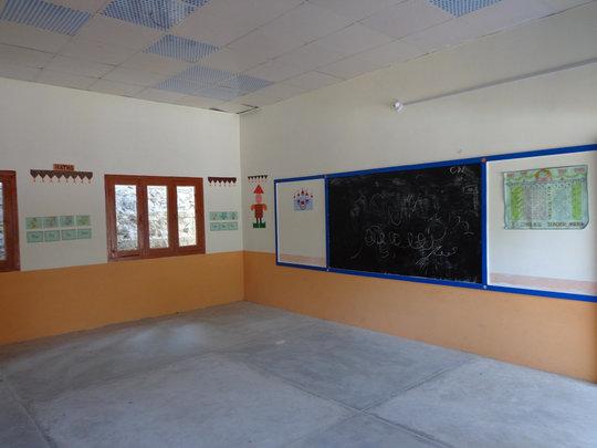 Jabri School - Inside a classroom